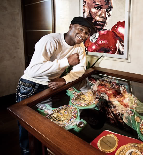Floyd-Mayweather-Jr.-Mansion-ICEDOTCOM4