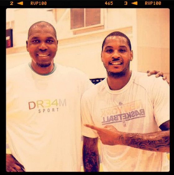 Hakeem Olajuwon works out Carmelo Anthony & Tyson Chandler [photos]