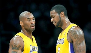 Lakers-Kobe-toEarl-Clark