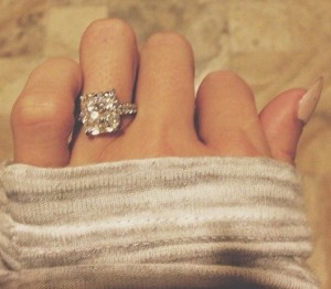 paulina-gretzky-engagement-ring