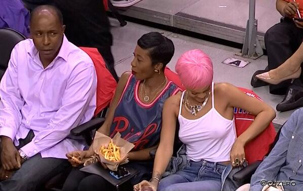 Rihanna-Clippers-Thunder