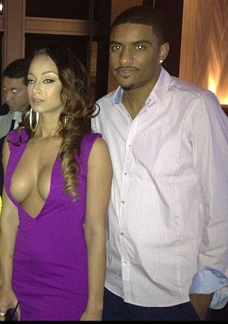 Draya-Michelle-Celebrates-Birthday-Cafe-Entourage-Nip-Slip-4